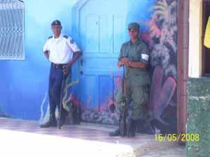 Wahl in Sosua Militär